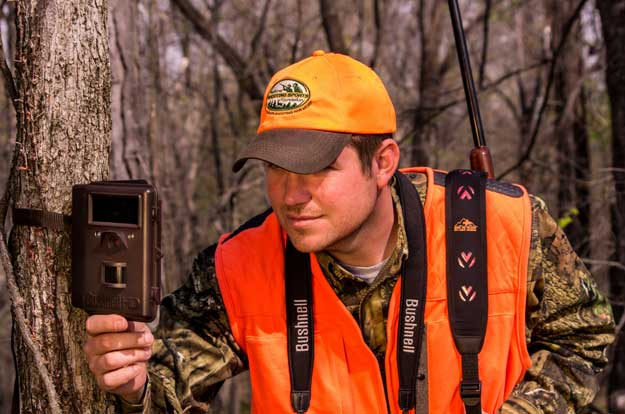 fall-hunting-strategies-trail-cameras