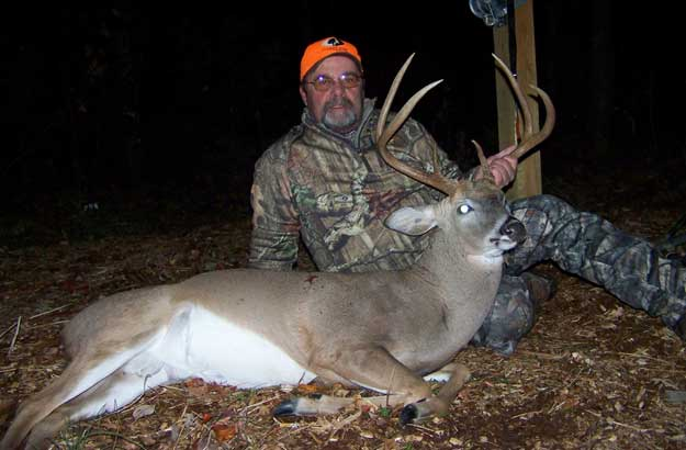 marshall collette with trophy buck